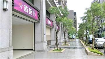 烏日高鐵特區角間店面