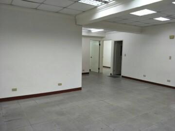 適合辦公室之公寓一樓