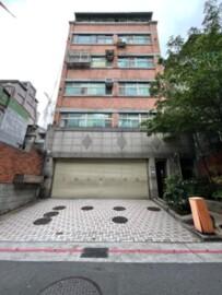 台北市中山區商圈絕無僅有高級裝潢大套房