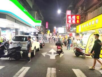南機場夜市內金店面(A110)