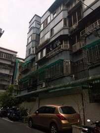 大師房屋~吳興低總價電梯2房