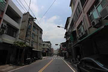 大社國小~透天騎樓店住~臨10米路上~全新整理~增建至3樓