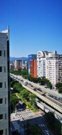 台北捷運站旁-高樓層-原4房改2房