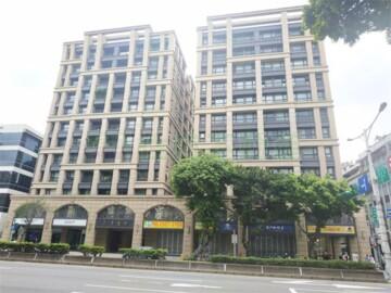 圓山站雙招牌面寬挑高店面