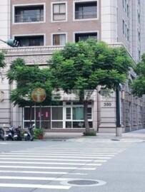 D87中悅三角窗店