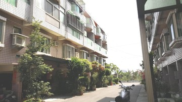 斗六保長家園-田園風光、寧靜社區、距離市區約5分鐘