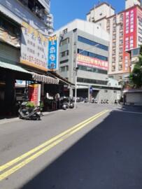 楊寶寶#健仁醫院#朝明路吃市店面