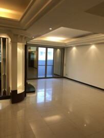 內湖捷運優質大樓高樓層四房+車位